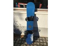 Salon on Snowboard 155 with Burton size 8 to 10 bindings