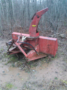 International snow blower , model 70,