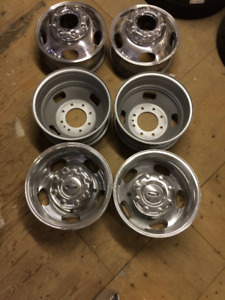 "Ford 17"" Dually wheels"