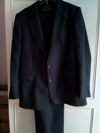 "Mens Immaculate Burtons 2 Pce Winter Suit chest 40"" waist 36"" leg 29""."