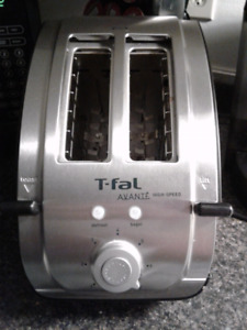 T fal wude slot toaster in mint condition