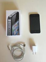 Black iPhone 4S 16GB, Like new,  Bell network