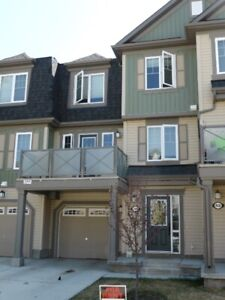 2BD Townhome Airdrie PETS and GARAGE