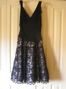 New Unused Women's Black Lace Evening Party Dress Size 8