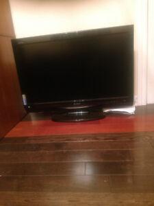 sharp TV  1
