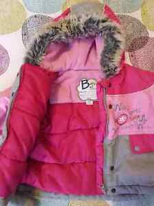 Girl snow suit with mittens Gatineau Ottawa / Gatineau Area image 4