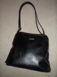 ladies black cross body or shoulder faux leather bag 9 x9.5 inch