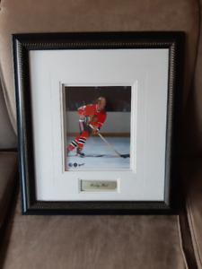 """BNWT, Gallery framed, """"Bobby Hull"""" picture"""