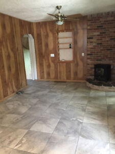 2 Bedroom House- Available for Rent July 1