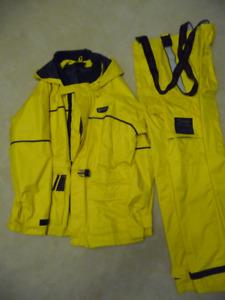 Wetskins Boaters Rain Suit / Rain Coat - Medium