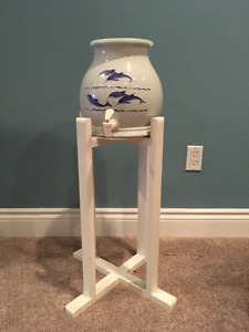 CERAMIC WATER DISPENSER & WOODEN STAND