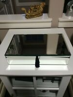 New mirrored jewelery & watch case with room for 15