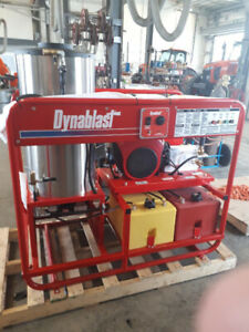 DYNABLAST .. HOT Water Pressure Washers .. Blow Out Sale !!