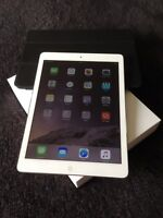 Ipad Air 128Gb (WIFI + LTE) + Smart Case cuir