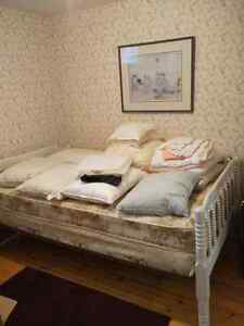 Full bed everything included