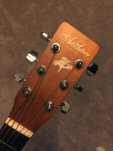 NEW - Art & Lutherie guitar