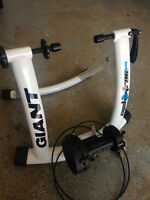 Cyclotron Mag trainer, Giant