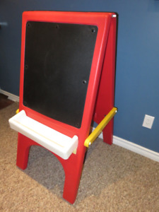 GUC Little Tikes Easel for Kids - Clean