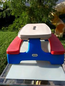 Table de picnic little tikes