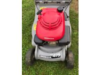 Honda HRB475 Self Propelled Mower With roller