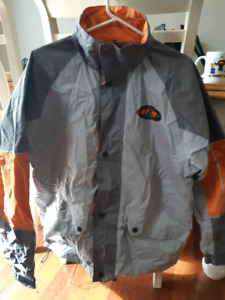 Medium harley davidson rain suit with bag great condition