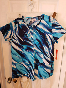 Koi Stretch Scrub top