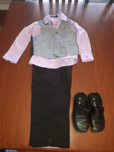 Boys size 4T suit and shoes size 91/2 W $15