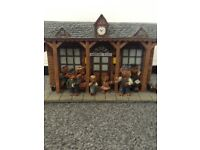 """REGENCY FINE ARTS """"TRAVELLING TEDDIES - AWAITING THE TRAIN """" LIMITED EDITION"""
