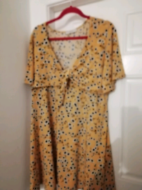 Oasis yellow & black skater style dress bnwot 18/20 £ 9
