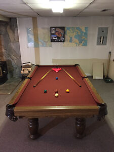 Pro 8 Snooker Table