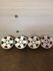 4-16' Dodge steel rims and Hubcaps