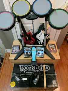 Special Edition Rock Band for PS2 - bonus quitar + 4 games !