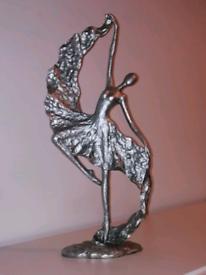 """? Next/Dunelm /Range 18"""" dancing figurine"""