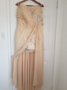 Cream Evening Gown, size 18