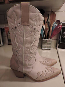 Women's Leather Western Boots - Size 6.5