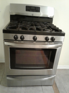 Gas Stove with Gas Oven / S.Steel/ Fully functional buy as it is