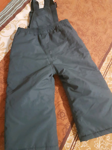 Like new boy snow pants size 2 (joe) 5$