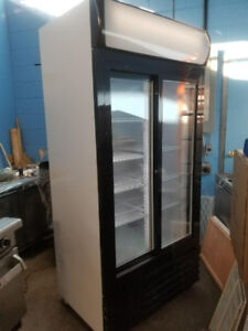DOUBLE DOOR GLASS COOLER