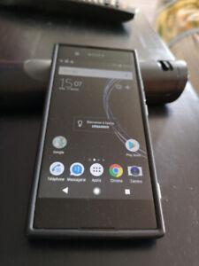 téléphone cellulaire Sony Expéria