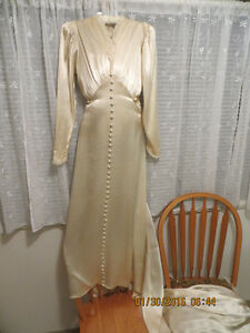 Vintage 40's wedding gown