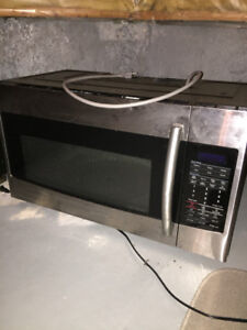 Samsung Over The Range Microwave Model SMH1816S/XAC