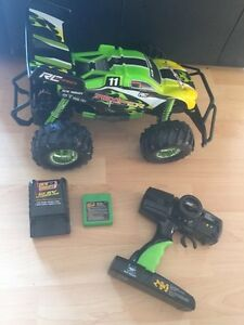 RC Car with 1Hour Max Charge and Reverse