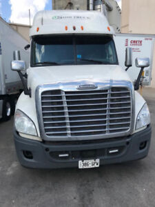 2012 Cascadia Truck for Sale