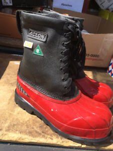 ACTON SIZE 9 STEEL-TOE WET/CHEMICAL RESISTANT WORK