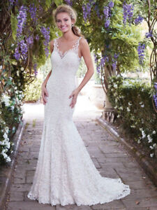 Beautiful Lace Wedding Dress Size 2