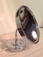 Conair lighted make up mirror