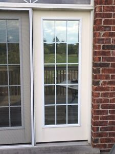 LARGE PATIO/DECK DOORS  WITH SCREEN SLIDER WITH ABOVE WINDOW Stratford Kitchener Area image 3