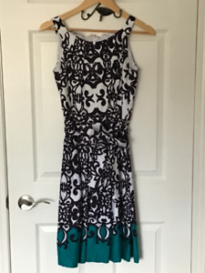 Women's Dresses - casual size small