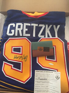 Wayne Gretzky St. Louis Blues (away) UDA Authenticated Jersey