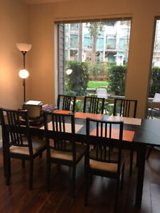 Dinning Set ( extended table + 6 chairs )